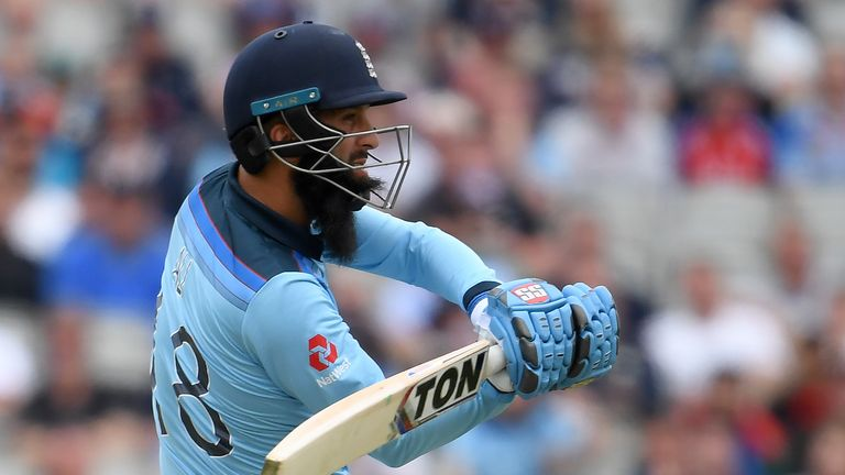Moeen Ali cracked a quick 31 off nine balls at the end of England's innings