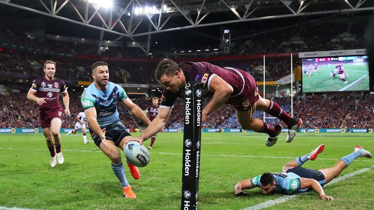 Corey Oates' spectacular finish helped Queensland come from behind to win