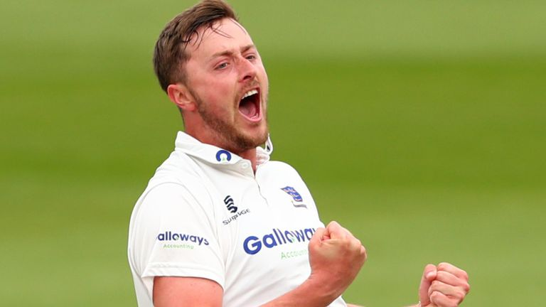 Ollie Robinson's stunning form with the ball for Sussex continues but is he on England's radar?