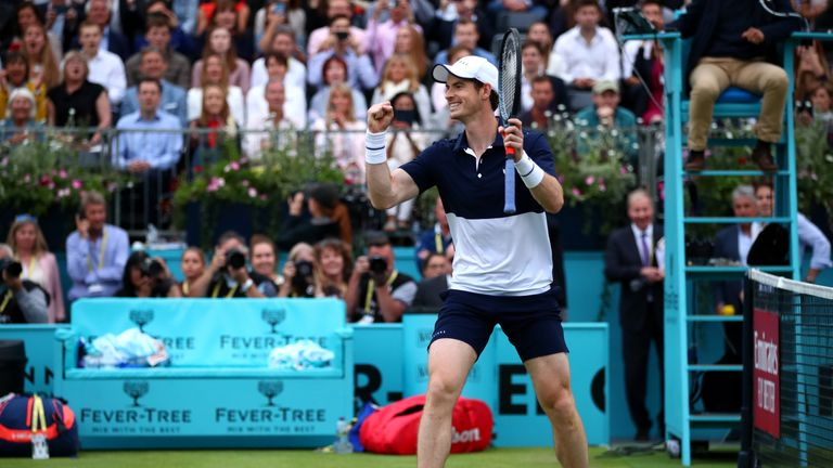 Murray celebrates victory on match point