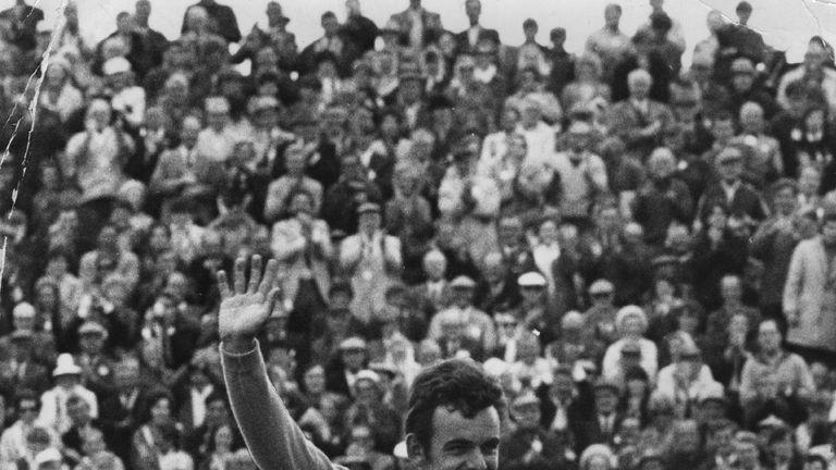 Tony Jacklin celebrates his Open success