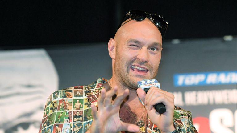 Tyson Fury will target a world heavyweight title next year, says Eddie Hearn