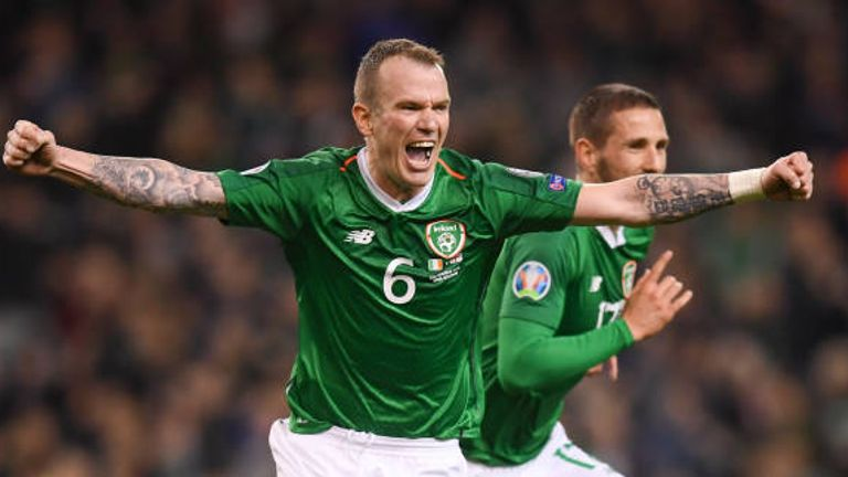Dublin , Ireland - 26 March 2019; Glenn Whelan celebrates after his Republic of Ireland team-mate Conor Hourihane, right, scored their goal during the UEFA EURO2020 Group D qualifying match between Republic of Ireland and Georgia at the Aviva Stadium, Lansdowne Road in Dublin. (Photo By Stephen McCarthy/Sportsfile via Getty Images)