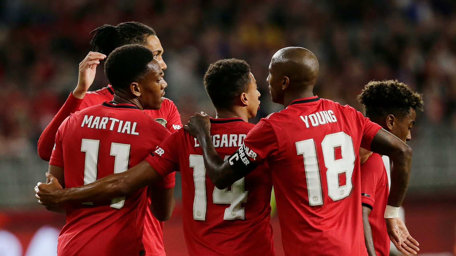 Man Utd 4 - 0 Leeds - Match Report & Highlights