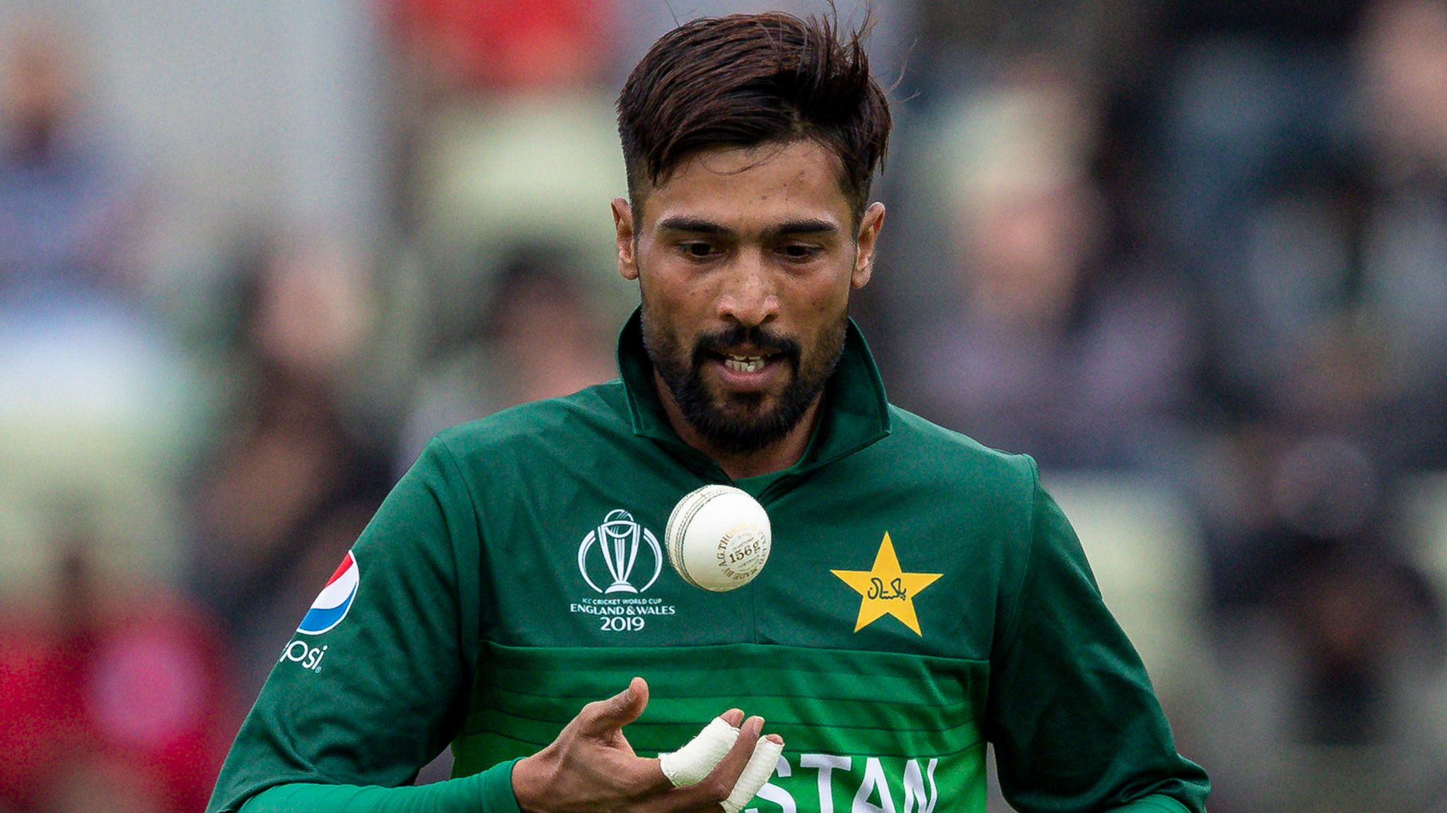 Mohammad Amir: Pakistan fast bowler retires from all international cricket at the age of 28 | Cricket News | Sky Sports