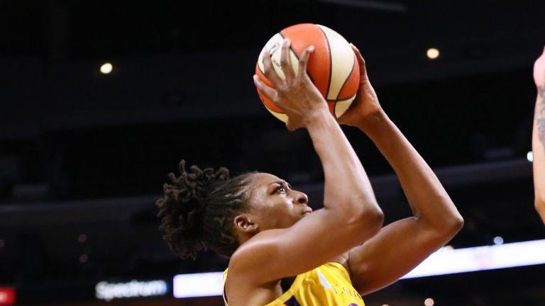 Nneka Ogwumike rises to score against the Washington Mystics