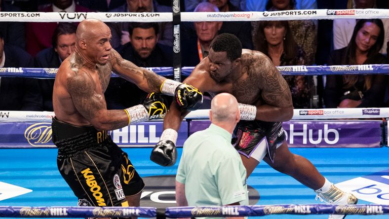 Whyte hurt Rivas in the second round