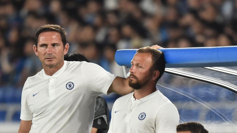 Chelsea head coach Frank Lampard and Jody Morris look on during the friendly against Kawasaki Frontale