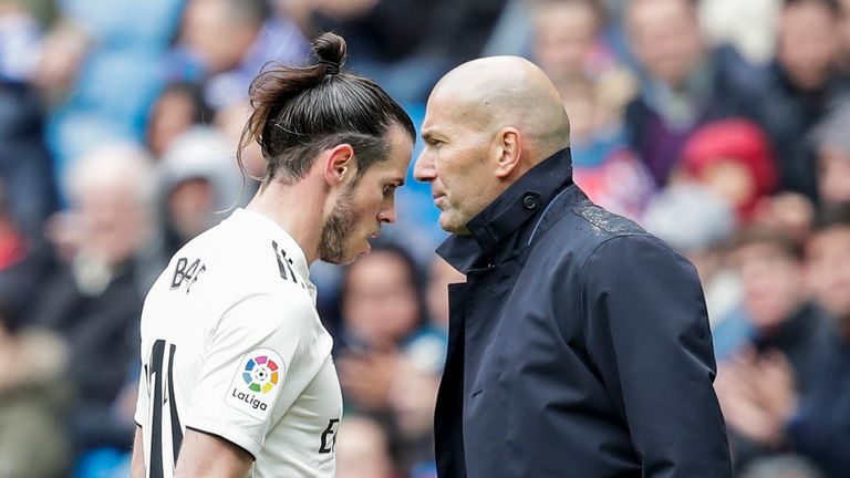 Gareth Bale of Real Madrid, coach Zinedine Zidane of Real Madrid during the La Liga Santander match between Real Madrid v Eibar at the Santiago Bernabeu on April 6, 2019 in Madrid Spain