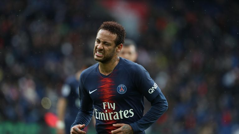 Barcelona have offered PSG a choice of six players as part of a deal for Neymar.