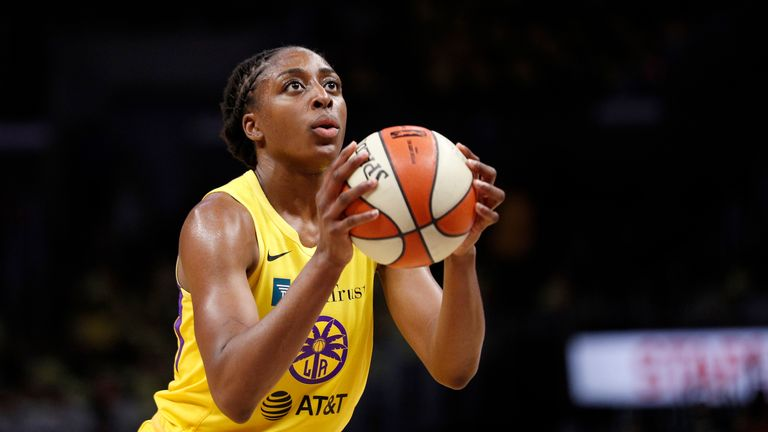 Nneka Ogwumike played a vital role as the Sparks completed a comeback win against Dallas