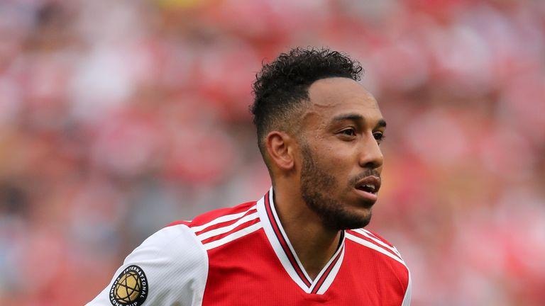Pierre-Emerick Aubameyang set to stay at Arsenal, says Unai Emery
