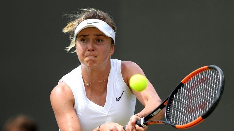 Elina Svitolina will take on the unseeded Muchova for a place in the last four.