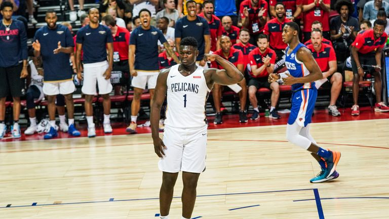 Zion Williamson flexes during his Summer League debut for the New Orleans Pelicans