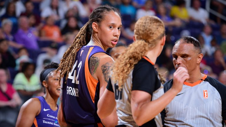 WNBA issues suspensions for Mercury-Wings brawl