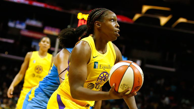 Chelsea Gray drives baseline against the Chicago Sky