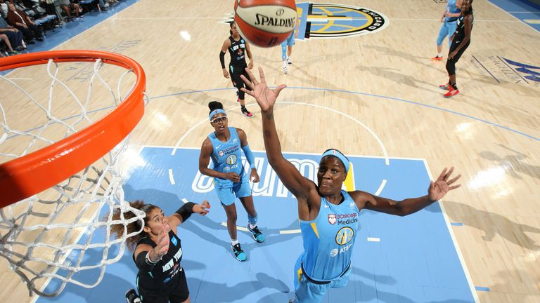 Jantel Lavender lofts a floater for the Chicago Sky