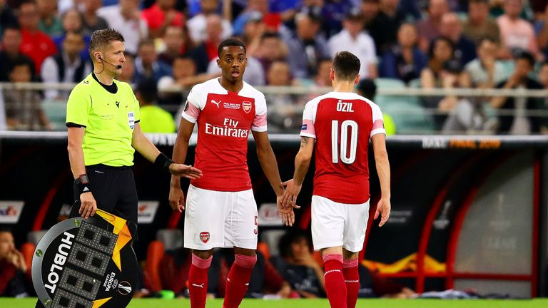 Ozil is replaced by Willock in the Europa League final defeat to Chelsea
