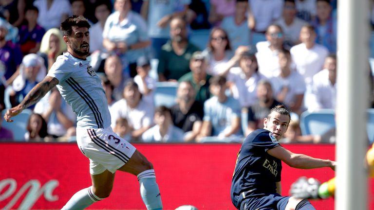 Bale set up Karim Benzema's opener