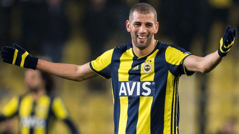 Islam Slimani joins Monaco from Leicester on season-long loan