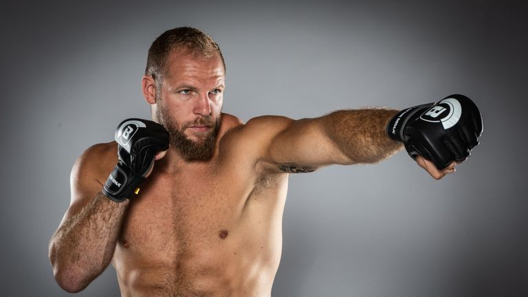 Former England international James Haskell has signed for Bellator