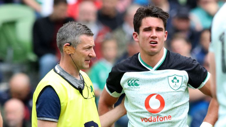 Joey Carbery left the field injured during Ireland's warm-up match against Italy
