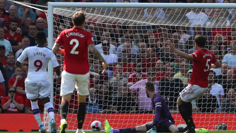 Jordan Ayew gives Crystal Palace a 1-0 lead at Old Trafford