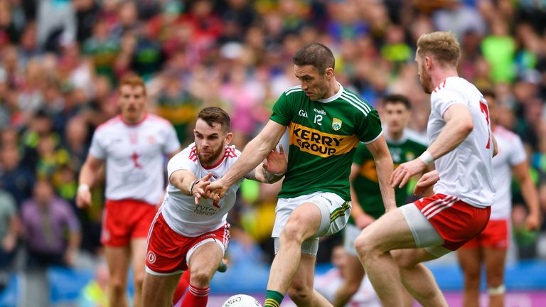 Stephen O'Brien scores the match-winning goal for Kerry against Tyrone