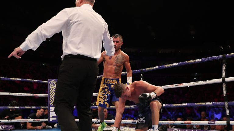 Campbell was floored in the 11th round at The O2