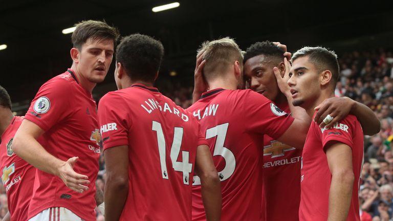 Lịch thi đấu vòng 2 Ngoại hạng Anh: Xanh khó, Đỏ dễ?