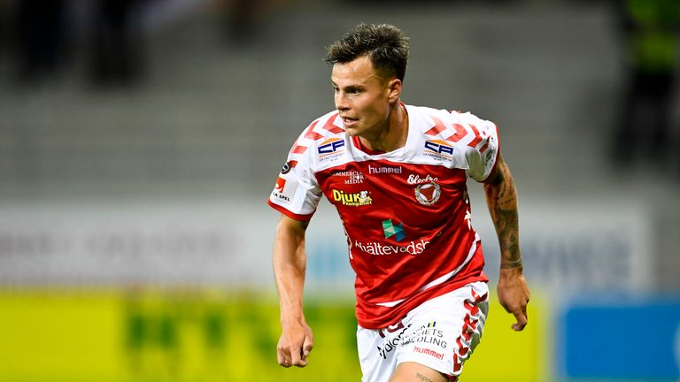 Hallberg played for Swedish side Kalmar from 2012 to 2014 and was on loan there for the 2017/2018 campaign