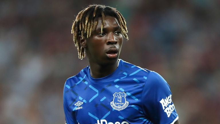 Moise Kean playing for Everton