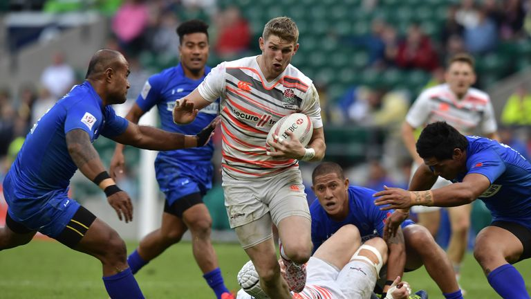 Ruaridh McConnochie has previously starred for England on the sevens circuit