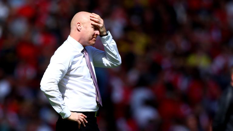 LONDON, ENGLAND - AUGUST 17: Manager of Burnley FC Sean Dyche reacts after the Premier League match between Arsenal FC and Burnley FC at Emirates Stadium on August 17, 2019 in London, United Kingdom. (Photo by Chloe Knott - Danehouse/Getty Images)