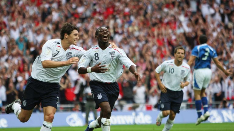 LONDON - SEPTEMBER 08: Goal scorer Shaun Wright-Phillips of England (R) celebrates with Gareth Barry as he scores the first goal during the Euro 2008 qualifying match between England and Israel at Wembley Stadium on September 8, 2007 in London, England. (Photo by Gary M. Prior/Getty Images)