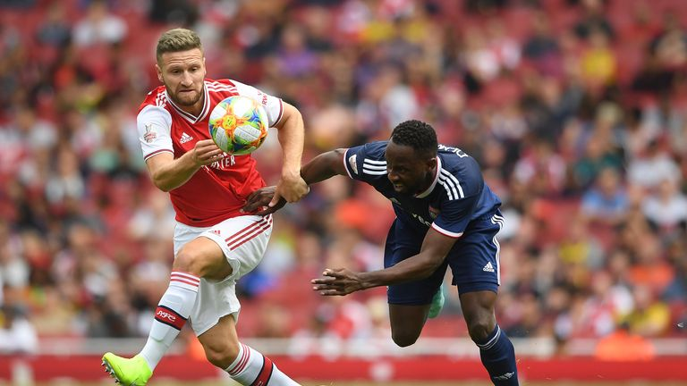 Unai Emery has told Shkodran Mustafi he should leave Arsenal this summer