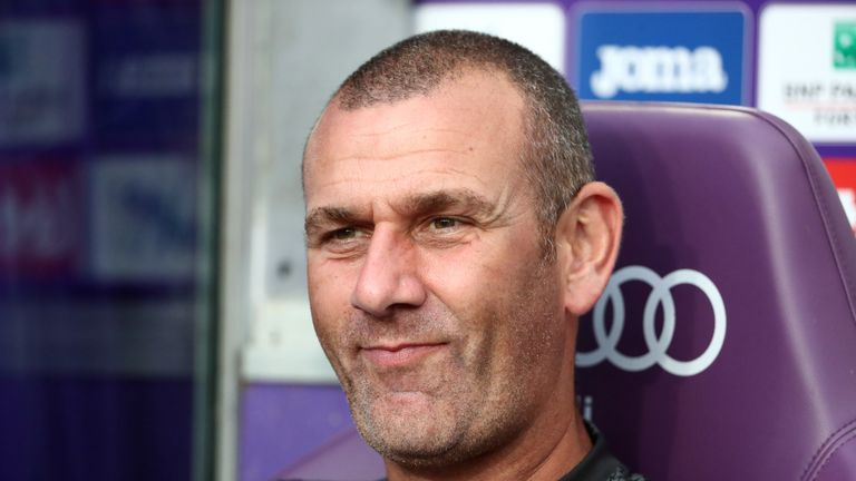 Anderlecht head coach Simon Davies will now take charge of tactics during the game