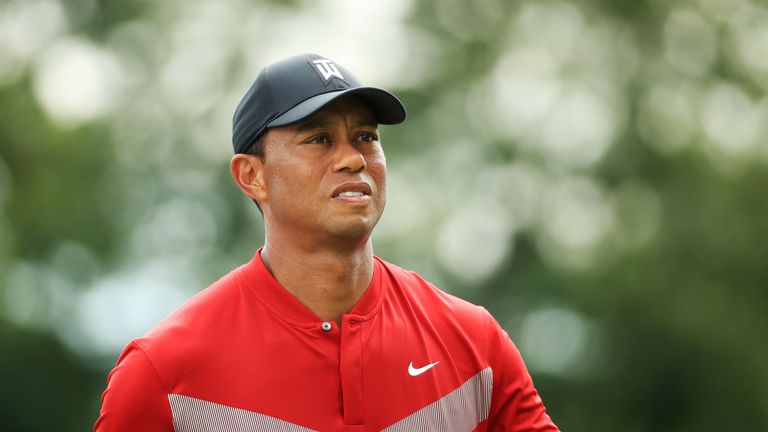 Tiger Woods has announced he will be writing an autobiography