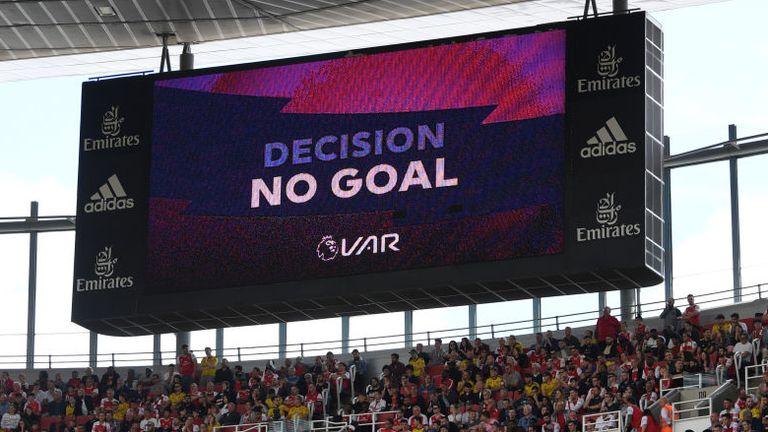 VAR Arsenal