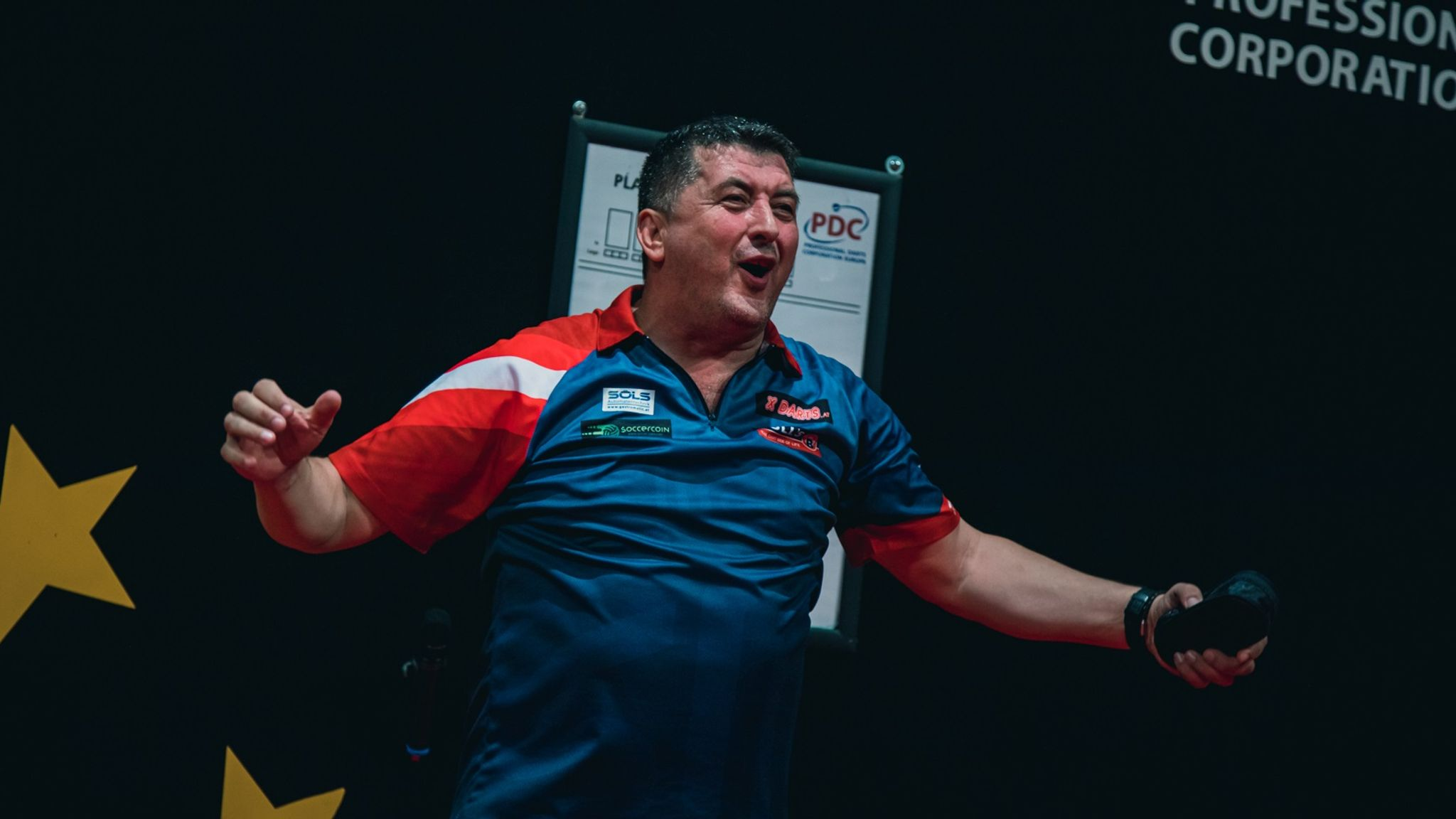 Mensur Suljovic stuns Michael van Gerwen to win Austrian