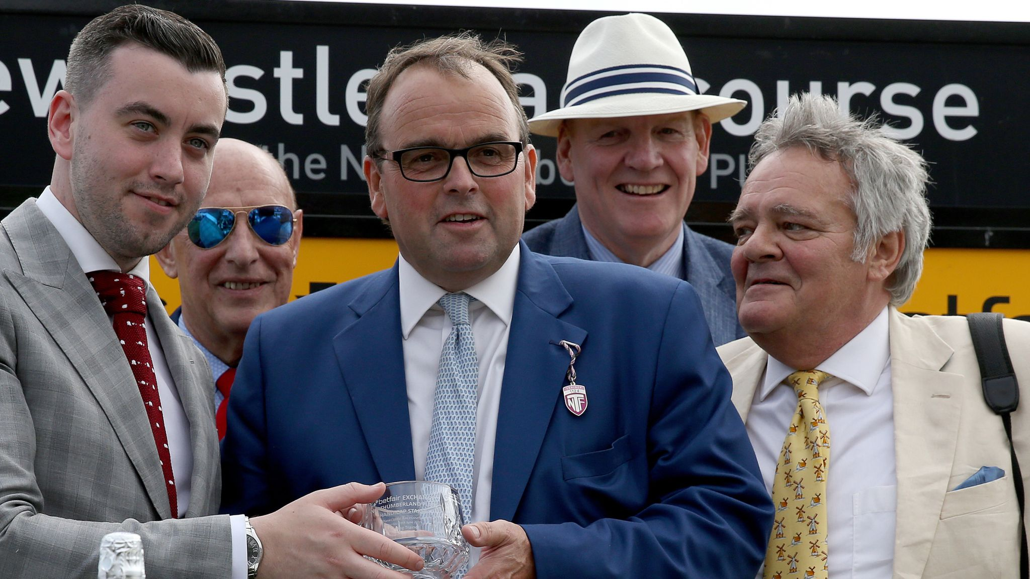 Alan King lands Newbury feature with Tritonic