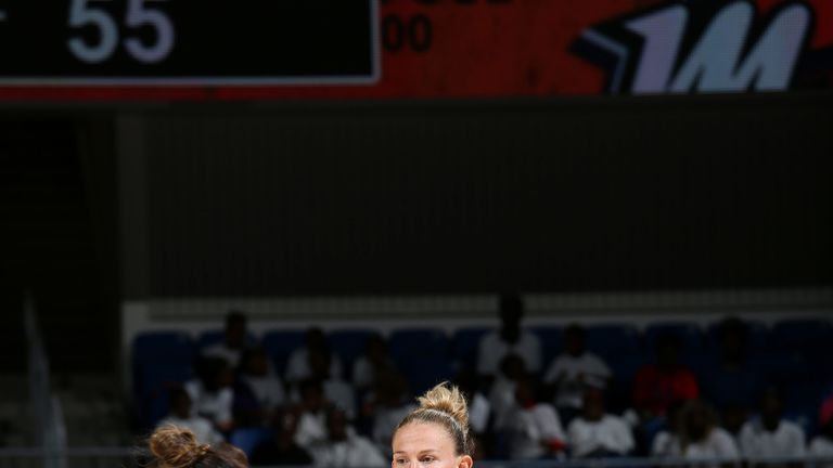 Courtney Vandersloot in action against the Phoenix Mercury