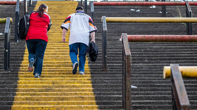 Bradford fans made their final trip to Odsal on Sunday