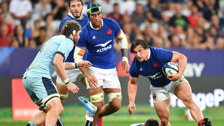 Camille Chat takes on fellow international Niall Scannell at hooker