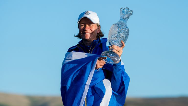 Catriona Matthew with the Solheim Cup