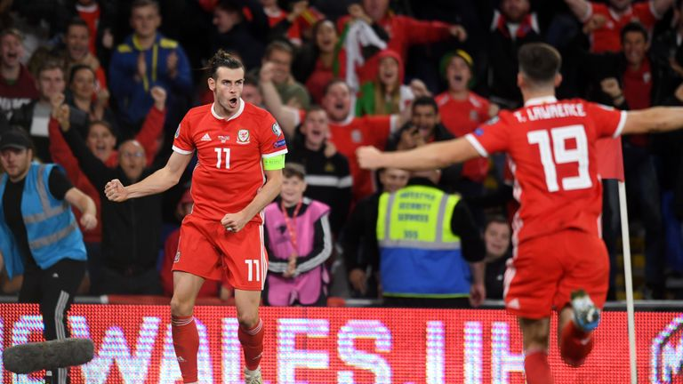 Highlights of the European Qualifier Group E match between Wales and Azerbaijan.
