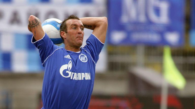 Ricksen joined Zenit St Petersburg initially on loan in 2006
