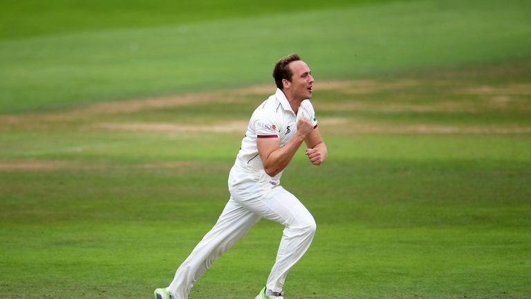 County Championship: Somerset win to top Division One as