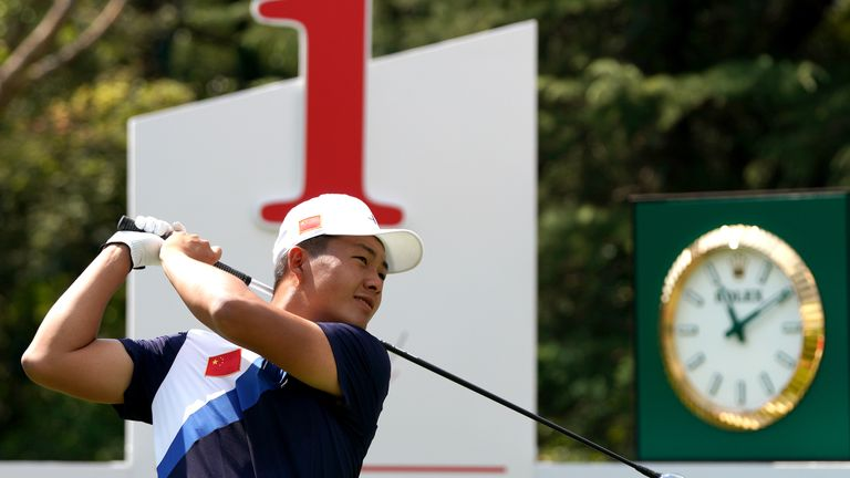 Liu heads into the weekend on six under