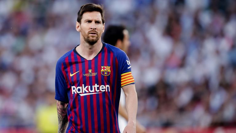 Barcelona plan to offer Lionel Messi a 'contract for life'